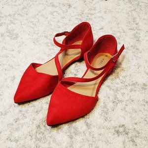 Madden Girl Bright Red Pointed Strappy Flats Size8
